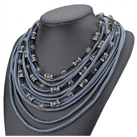 Collier textiles cordons bleus et perles
